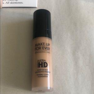 tarte Makeup - Foundation trial set! Brand new unopened!